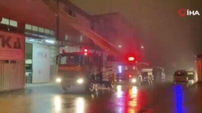 İnegöl'de mobilya fabrikasında yangın