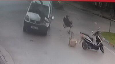 Bursa'da kaza yapan motosikletteki güvercinler böyle havalandı