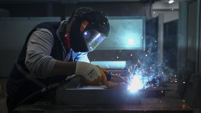 O ülkede iş gücü ihtiyacı artıyor! 731 bin 900 eleman açığı saptandı