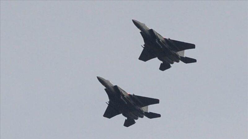 Çin jetleri Tayvan hava sahasına girdi