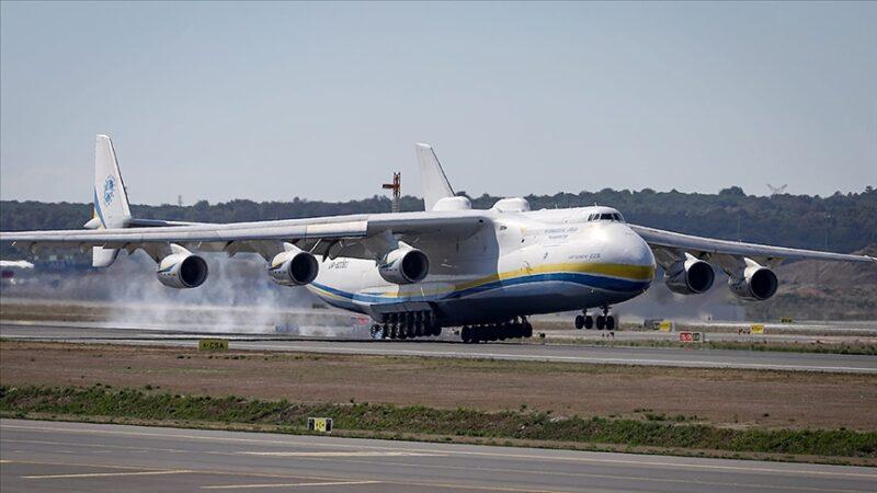 Dünyanın en büyük kargo uçağı İstanbul Havalimanı'nda